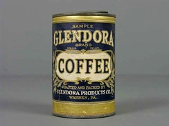 A coffee can from the first half of the 20th century. From the Museo del Objeto del Objeto collection.
