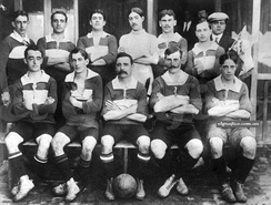 Racing in 1910, when the squad promoted to Primera División