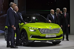 Part of the board of directors at the Geneva Motor Show with Škoda Vision X (2018): from left Christian Strube, Klaus-Dieter Schürmann, Alain Favey, Bernhard Maier, Michael Oeljeklaus and Dieter Seemann