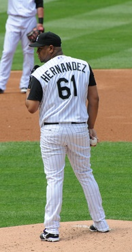 Hernández with the Rockies in 2008.