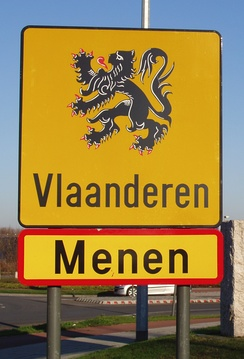 Border crossing sign near Menen.
