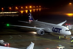 A 787 of LOT Polish Airlines, the first European operator[320]