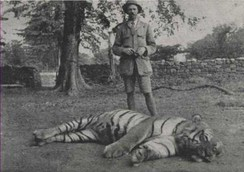 Jim Corbett with the slain Bachelor of Powalgarh.