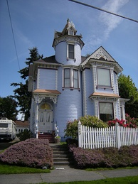 A house in Queen Anne style at 223 Avenue A