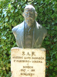 A sculpture of Ludwig Salvator, in Mallorca