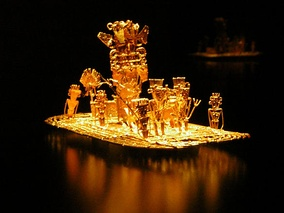 The zipa used to cover his body in gold dust, and from his raft, he offered treasures to the Guatavita goddess in the middle of the sacred lake. This Muisca tradition became the origin of the legend of El Dorado. Muisca raft in the Gold Museum, Bogotá, Colombia