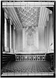 Four-story high grand lobby of the Paramount Theater, Oakland (1932)