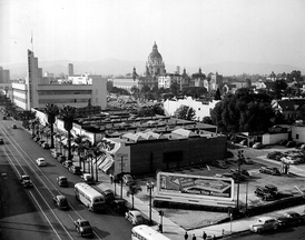 Downtown Pasadena in 1945.