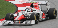 Hispania Racing hired Daniel Simon, a Hollywood concept car designer, to design the F111's livery
