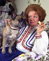 Hermione Baddeley won the award for her portrayal of Mrs. Nell Naugatuck in Maude.