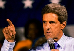 Senator Kerry at a primary rally in St. Louis, Missouri, at the St. Louis Community College – Forest Park