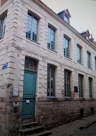 The house where Robespierre lived between 1787–1789, now on Rue Maximilien de Robespierre