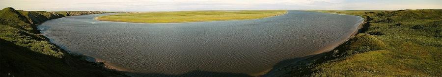 Тундры южного Ямала. Река Юрибей.