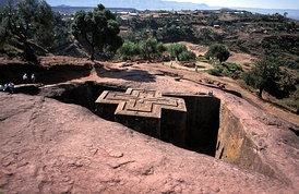 When the struggle to resist Italy appeared doomed, Haile Selassie traveled to the rock-hewn churches of Lalibela for fasting and prayer.[76]