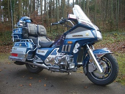 Honda Gold Wing GL1200 Full-Dresser