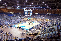 Pauley Pavilion, 2004 - six men's championship banners are visible