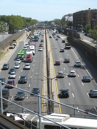 The Cross Bronx Expressway in New York, United States uses asphalt and concrete pavement, both of which are popular road surfaces on highways.