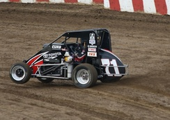 Bell's USAC midget at Angell Park Speedway in 2013