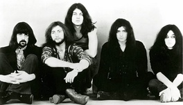 The classic Deep Purple line up, 1971. From left to right: Jon Lord, Roger Glover, Ian Gillan, Ritchie Blackmore, Ian Paice