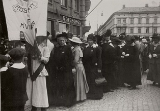 Women's suffrage demonstration in Gothenburg, June 1918