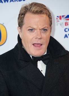 Izzard at the 2013 British Academy Awards