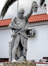 Statue of Gerald the Fearless. A Portuguese folk hero with the head of a Moor