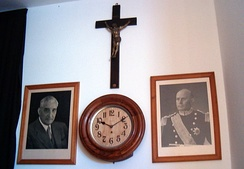 Required elements of primary schools during the Estado Novo: a crucifix and portraits of Salazar and Américo Tomás.