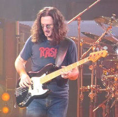 Geddy Lee in concert, 2010