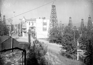 Los Angeles City Oil Field, 1905