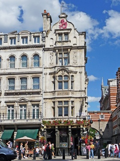 The Red Lion in Whitehall is close to the Houses of Parliament and is frequented by Members of Parliament and political journalists.