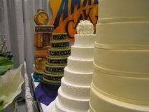 Wedding cakes at a bridal show