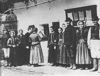 Béla Bartók recording folksongs of Czech peasants, 1908