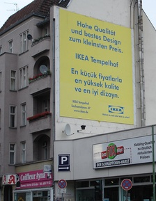 An advertisement by the IKEA branch in Berlin written in the German and Turkish languages.