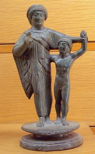 Etruscan mother and child, 500–450 BC