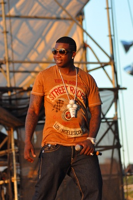 Gucci Mane performing at the Williamsburg Waterfront 3.jpg