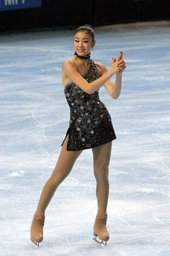 Kim performing her short program to the 007 James Bond Medley at the 2009 Trophée Eric Bompard.