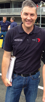 Long-time series commentator Neil Crompton at the 2014 series test day.