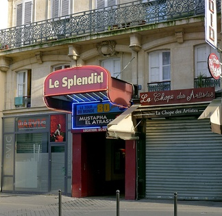 Le Splendid in 1979 is at the origin of the movie of 1982.
