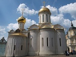 The Trinity Cathedral Troitse Sergiyeva Lavra 2013.JPG