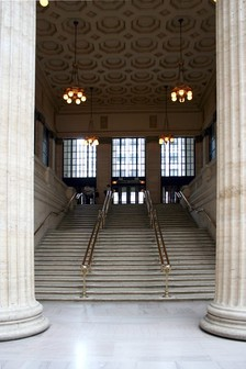 One of the two grand staircases, where famous movie scenes, such as in The Untouchables (1987),[3] were filmed.