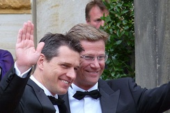 Guido Westerwelle (right) and his partner Michael Mronz in 2009
