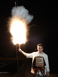 Demonstration of a magnesium flash powder lamp from 1909