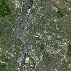 Satellite imagery illustrating the core of the Budapest metropolitan area