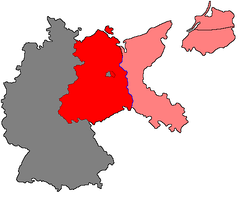 Pink: portions of Germany east of the Oder–Neisse line attached to Poland (except for northerly East Prussia and the adjoining Memel Territory, not shown here, which were joined directly to the Soviet Union.) Red: the Soviet Occupation zone of Germany.