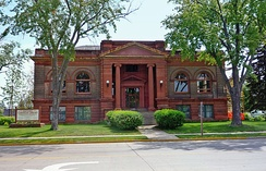 Superior has both the first and last Carnegie libraries built in Wisconsin. The first, pictured, was built in 1901 and served as the main library until 1991.[citation needed]