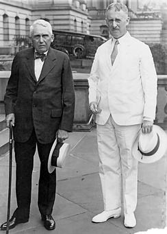 US Secretary of State Henry L. Stimson (right) and Frank B. Kellogg, at the leaving from the State Department, (July 25, 1929).