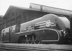 PKP's Pm36 locomotive won a gold medal at the 1937 International Exposition of Art and Technology in Paris