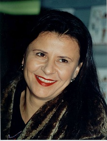 Tracy Ullman by John Mathew Smith.jpg