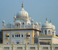 The Samadhi of Ranjit Singh is located in Lahore, Pakistan, adjacent to the iconic Badshahi Mosque