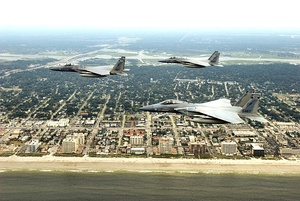 159th Fighter Squadron F-15s over jacksonville.jpg